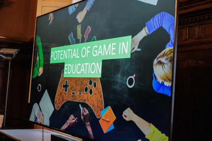 Slide: potential of game in education